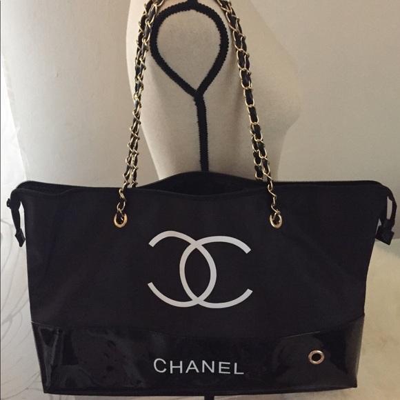 d19e8c11ea2102 Bags   Chanel Shopping Totetravel Bag W Chain Vip Gift   Poshmark